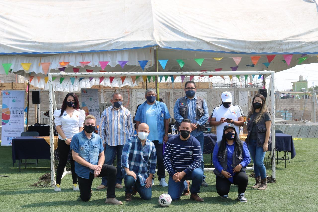 Inauguración de cancha de futbol en Mosaico Urbano gracias a la colaboración de FUNDAJU.